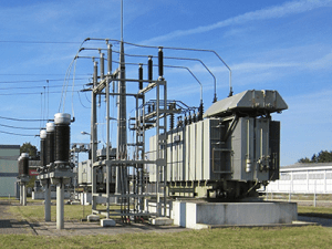 electric oil in electrical distribution equipment